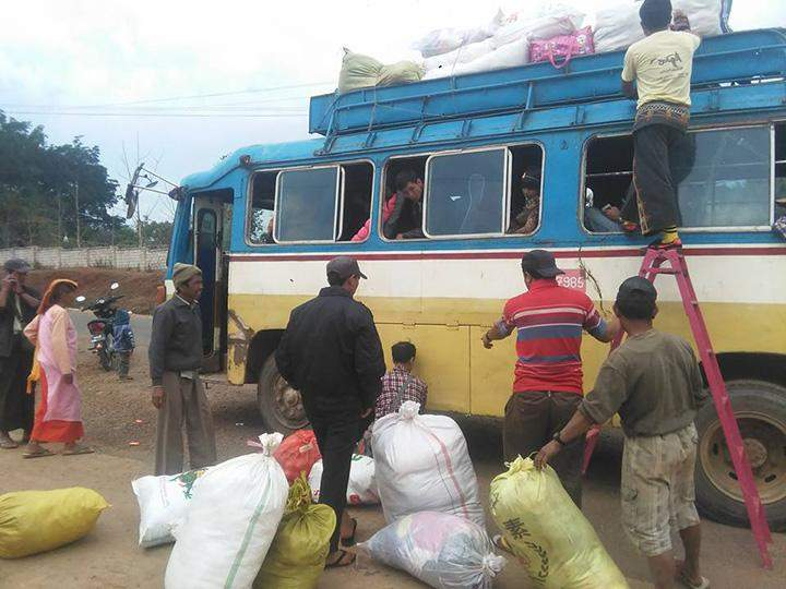 Displaced persons leave IDP camps in Kyaukme for home in mid-March.
