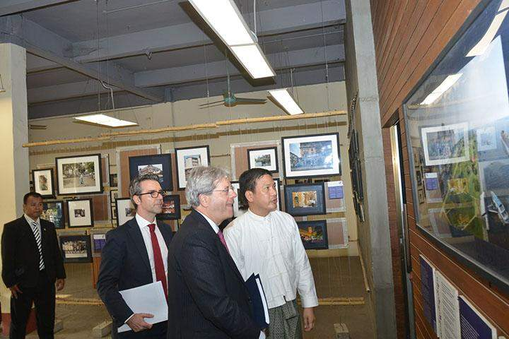 Italian Foreign Minister Paolo Gentiloni visits Yangon Heritage Trust.