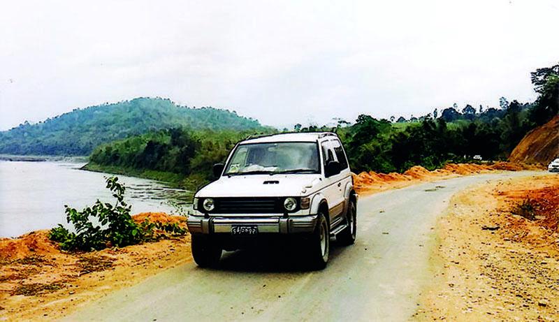 Myitkyina-Sumprabum-PutaO Road being expanded.