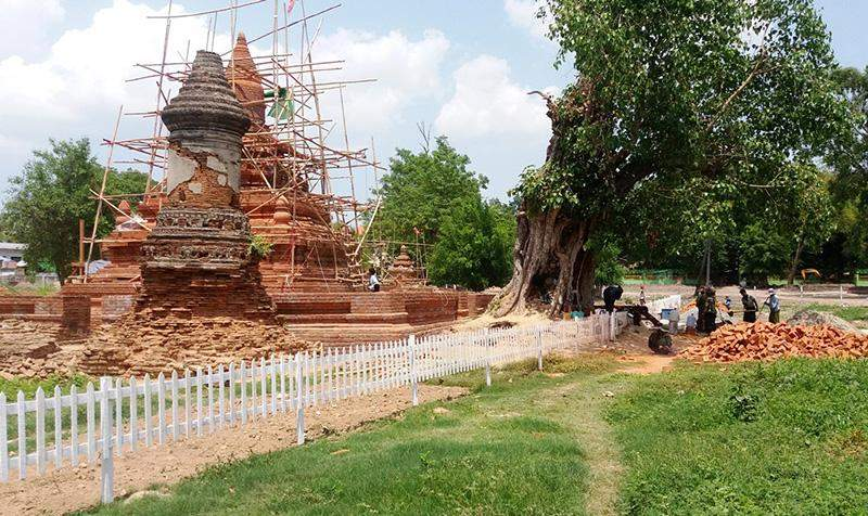 Renovation of Tomb of Thai king in the Linzin Hill graveyard is suspended temporarily. Photo: Aung Thant Khaing