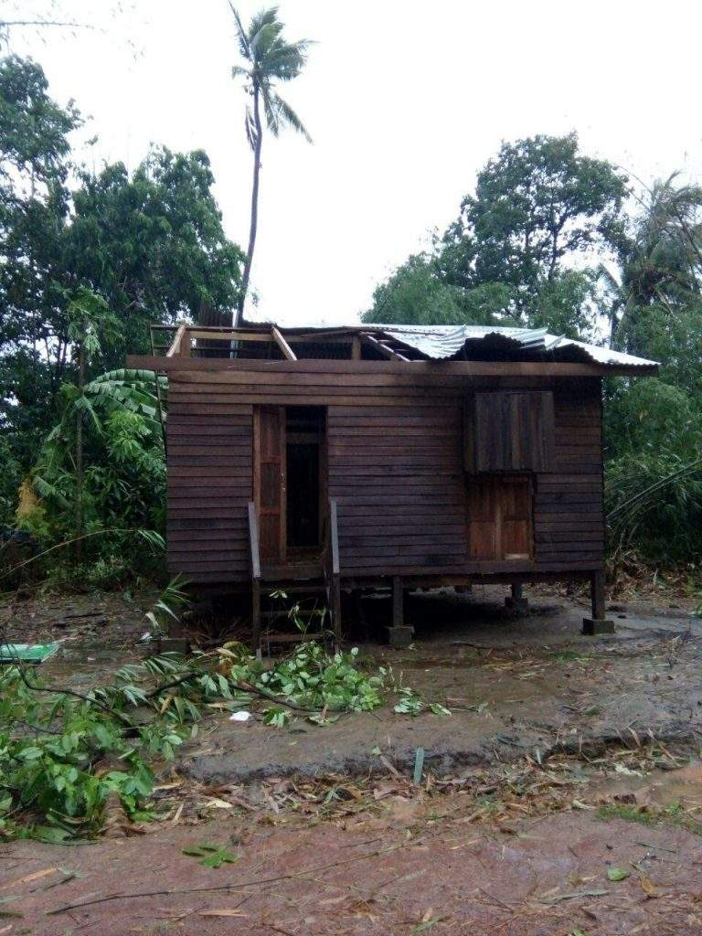 The house damaged by the strong wind in Hpa-an.