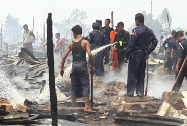 Fire destroys 49 longhouses at IDP camp in Sittwe