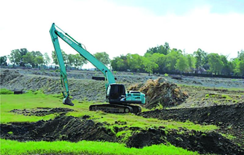 Renovations in progress at Sittwe Lake.