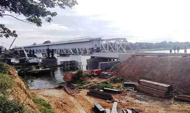 The new railroad bridge near Myitnge Railroad Bridge being seen. Photo: Aung Thant Khaing