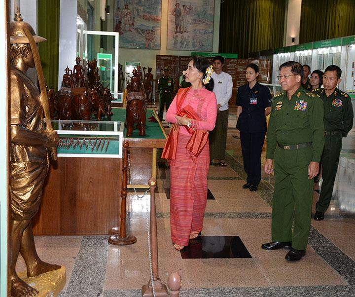 State Counsellor Daw Aung San Suu Kyi visits Defence Services Museum in Nay Pyi Taw.