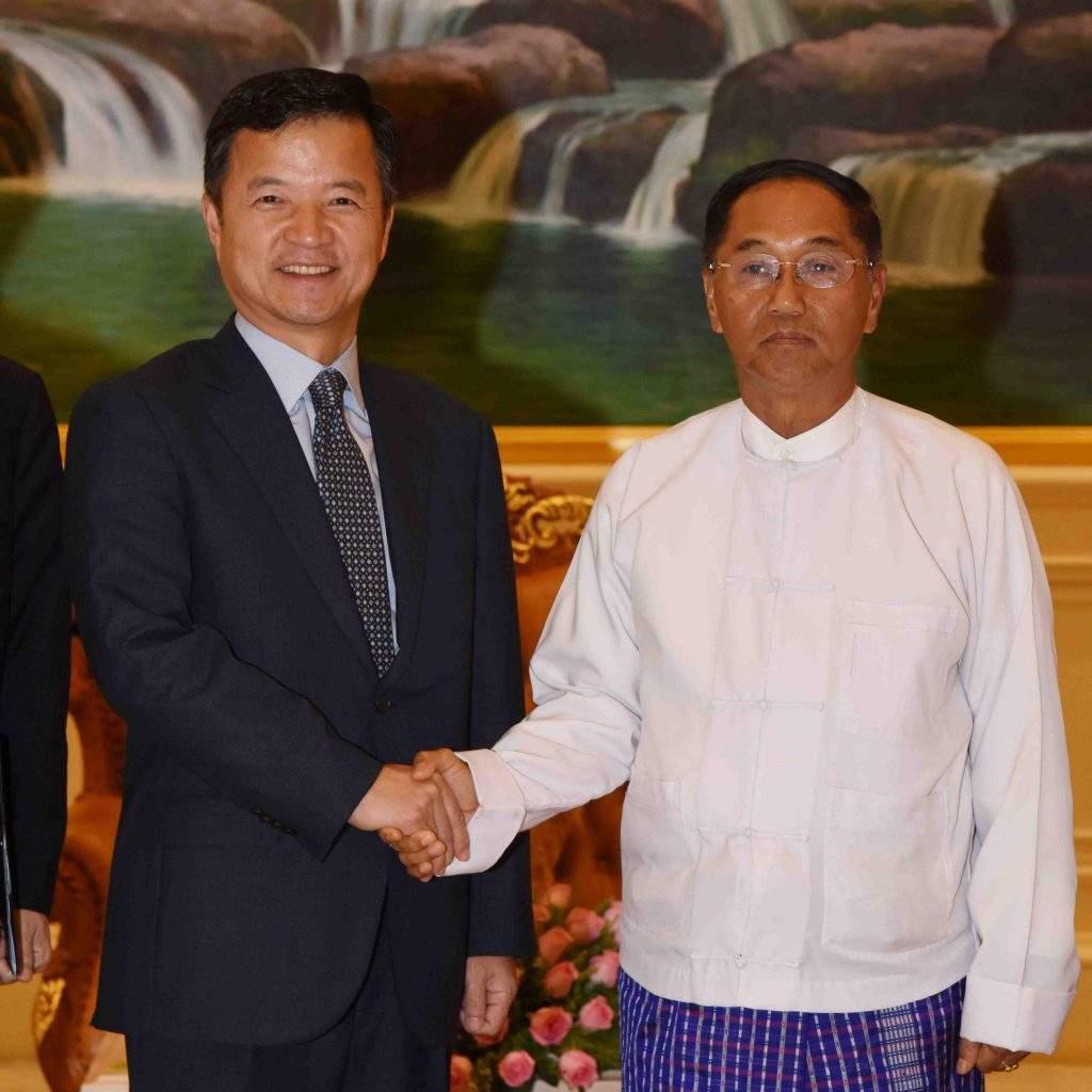 Vice President U Myint Swe welcomes Mr. Yoo Jae Kyung. Photo: MNA