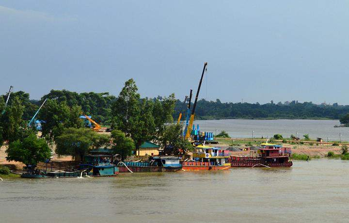 The confluence of Ayeyawady River and Dokhtawady River where new fuel handing jetty project is being implementated.