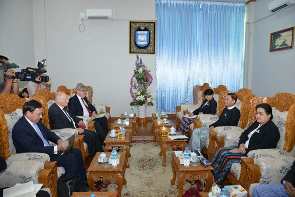 U Tun Tun Oo, Attorney-General of the Union, receives Lord Neuberger, the President of the UK Supreme Court in Nay Pyi Taw. Photo: MNA