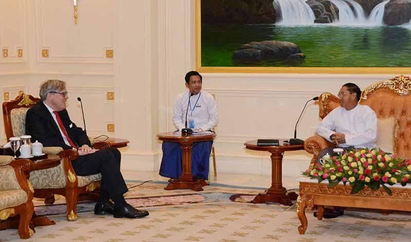 Vice President U Myint Swe receives British Ambassador Mr Andrew Patrick. Photo: MNA