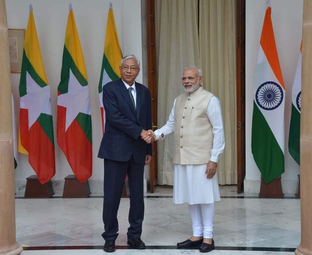 President U Htin Kyaw is welcomed by India's Prime Minister Narendra Modi in New Delhi, India. Photo: MNA