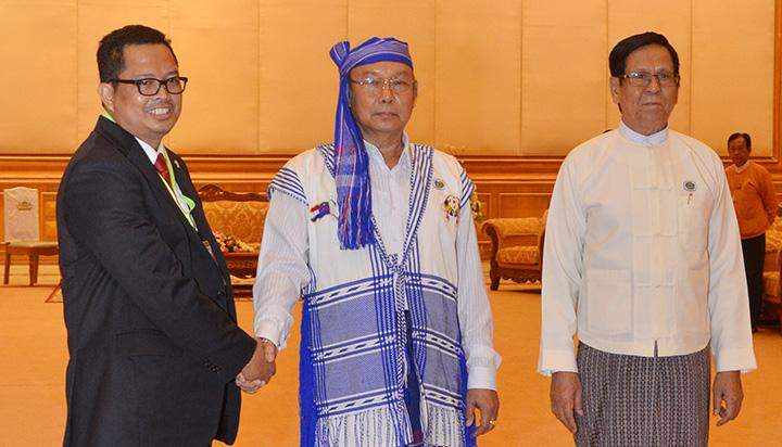 Speaker Mahn Win Khaing Than welcomes Mr. H. MAHYUDIN, Vice Chairman of the People's Consultative Assembly of Indonesia.