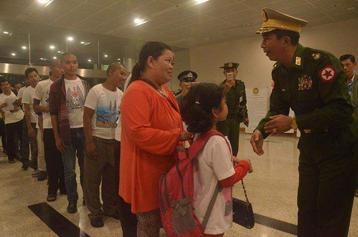 Fourth batch of detained Myanmar workers are being welcomed by the commander of Yangon Command and senior military officers at the Yangon International Airport.