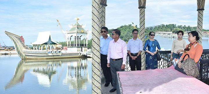Senior General Min Aung Hlaing and wife Daw Kyu Kyu Hla visiting around in Brunei.