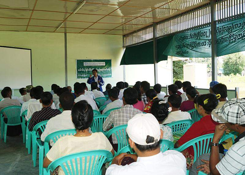 Paddy crop post-harvest  technology training course being held in Tatkon Township.