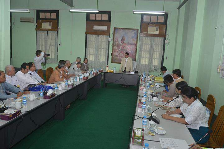Union Minister for Information Dr Pe Myint delivering the uncluding remarks at the meeting to republish encyclopedias.