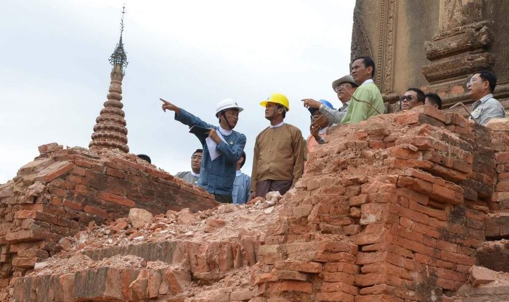 Vice President U Henry Van Thio observes the quake-hit pagodas in Bagan. Photo: MNA