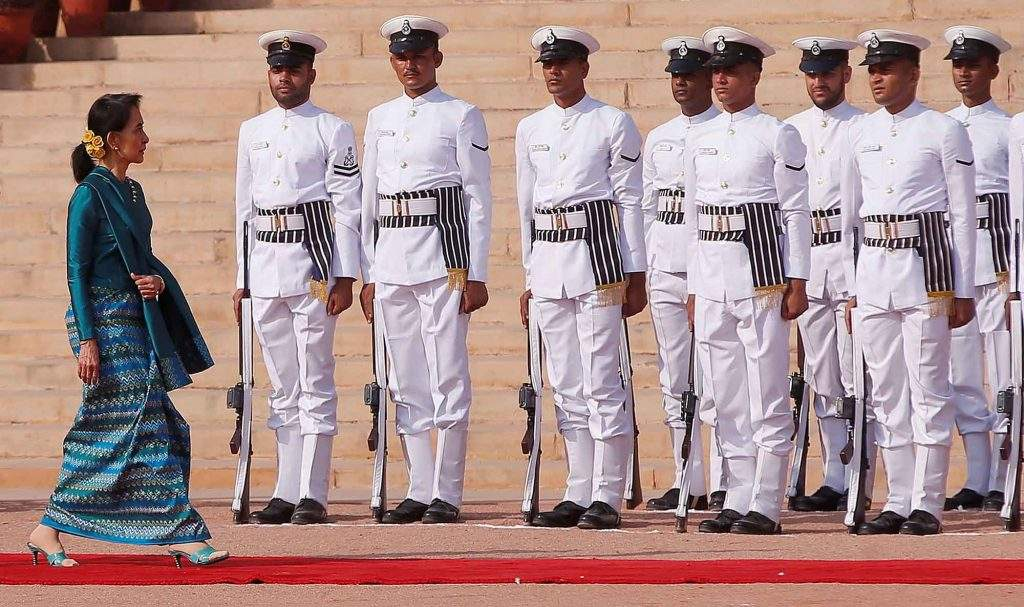 State Counsellor Daw Aung San Suu Kyi inspecting the guard of honour during her ceremonial reception at the forecourt of India's Rashtrapati Bhavan presidential palace in New Delhi, India, on18 October 2016. Photo: Reuters