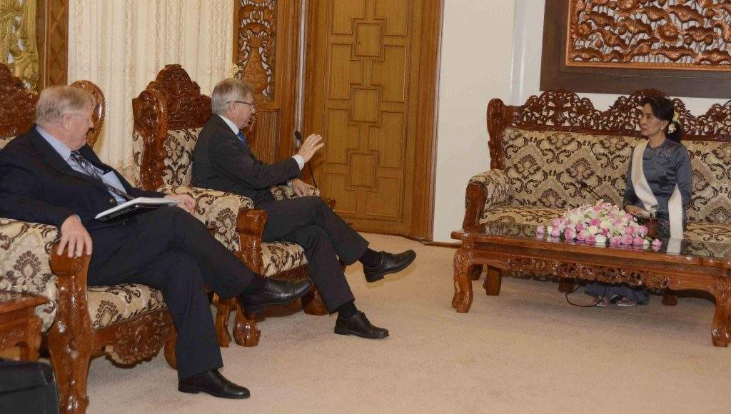 State Counsellor Daw Aung San Suu Kyi holds talks with Mr. Kjell Magne Bondevik, former Prime Minister of Norway and the Founder and President of the Oslo Center for Peace and Human Rights. Photo: MNA