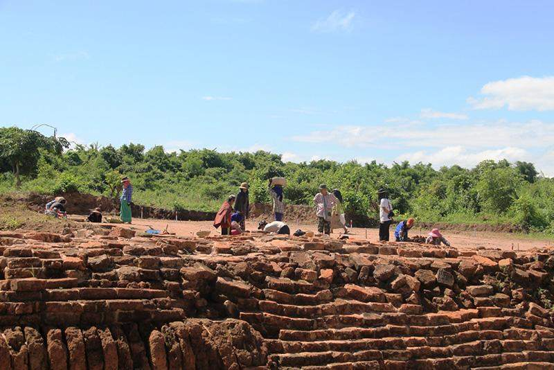 Archaeological excavation being conducted in Sri Ksetra. Photo: MMK