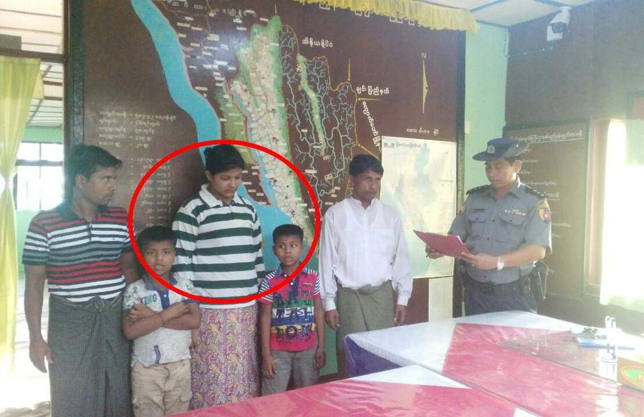 Authorities hand over released three young members of the Muslim communiy to townselders. Photo: Myawady