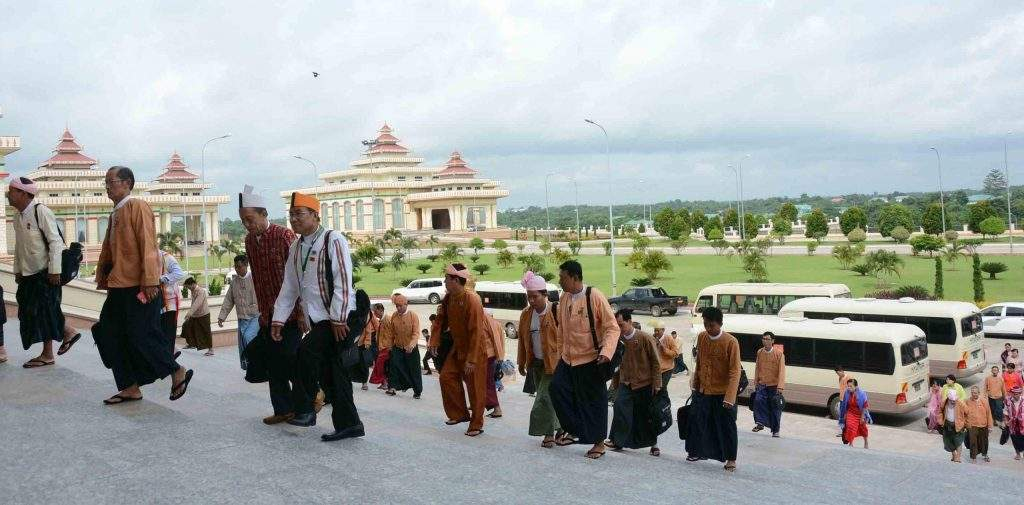 MPs arrive parliament to attend Pyidaungsu Hluttaw. Photo: MNA