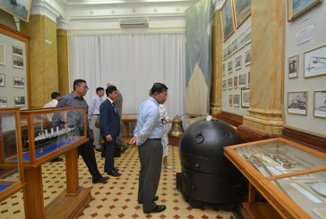 Senior General Min Aung Hlaing visits museums in Russia