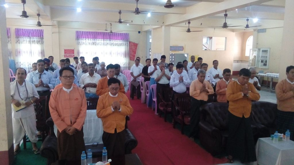 Hindu families pray for victims of the ARSA terrorist attacks in northern Rakhine. Photo: MNA