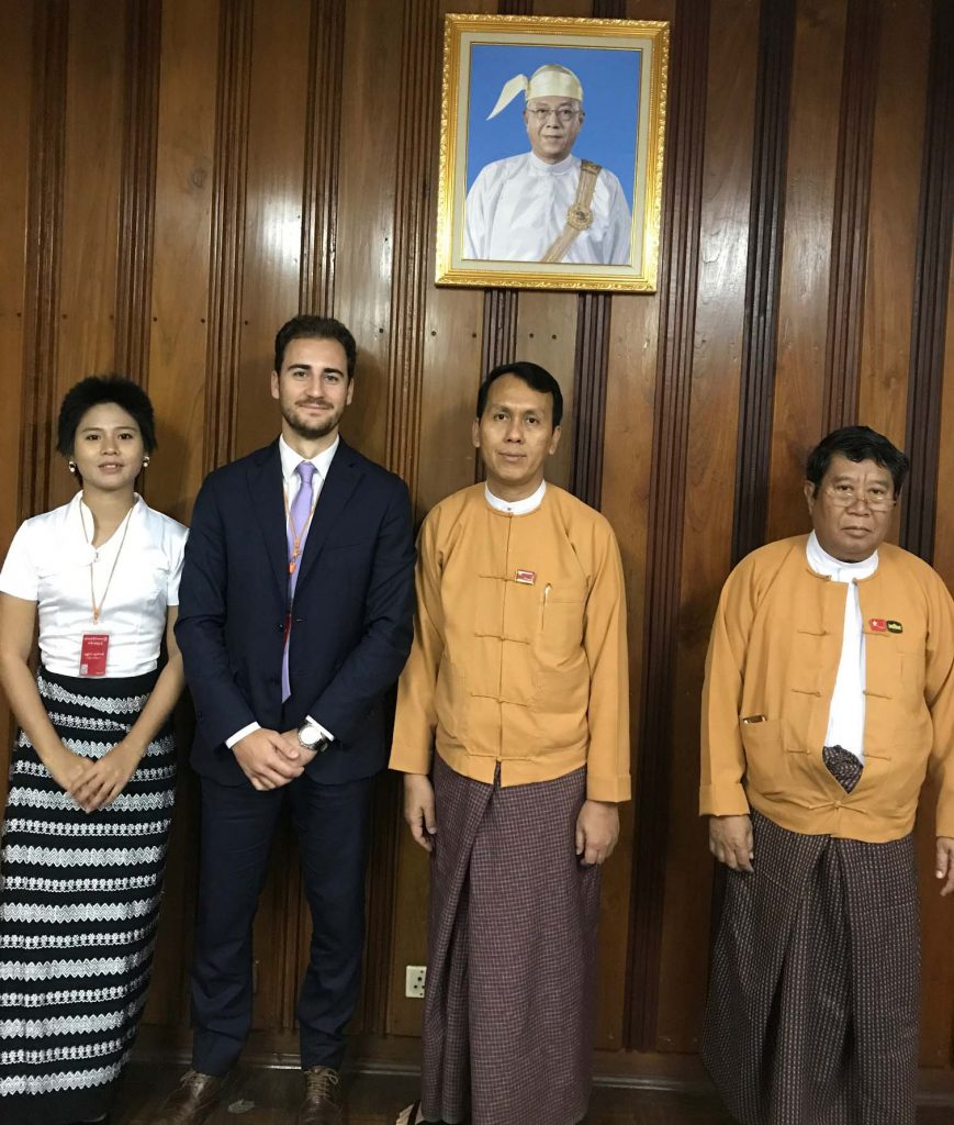 Chief Minister U Phyo Min Thein, (2nd from right), Yangon Mayor U Maung Maung Soe (Right), and representatives of the Oxford Business Group pose for photo after the meeting.Photo: Supplied