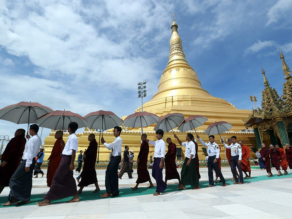Buddhist monks arrive the Uppatasanti Pagoda in Nay Pyi Taw to celebrate the Thadingyut Festival. Photo: Aung Shine Oo