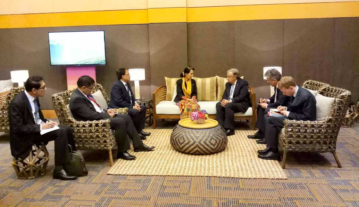 State Counsellor Daw Aung San Suu Kyi meets with UN Secretary-General Mr António Guterres. Photo: MNA