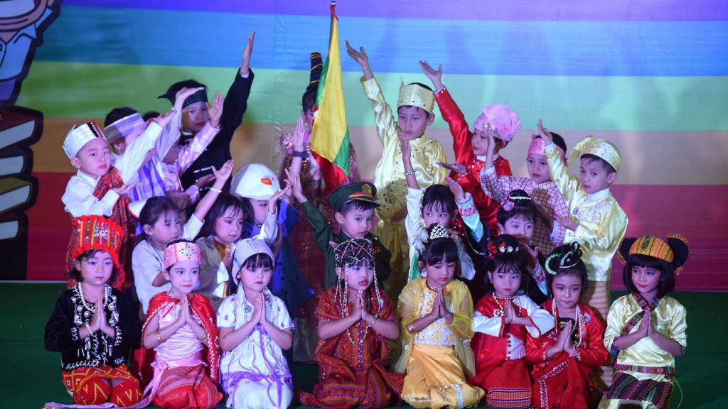 Children performed songs and dances for the audience on the second day of the Children's Literature Festival.