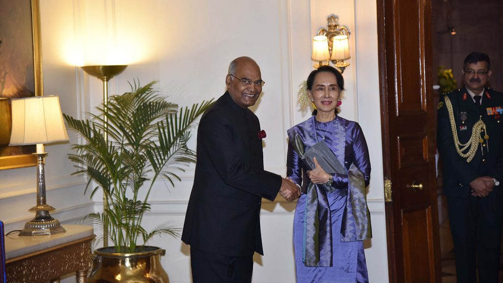 State Counsellor Daw Aung San Suu Kyi is welcomed by Indian President Mr. Ram Nath Kovind. Photo: Myanmar News Agency