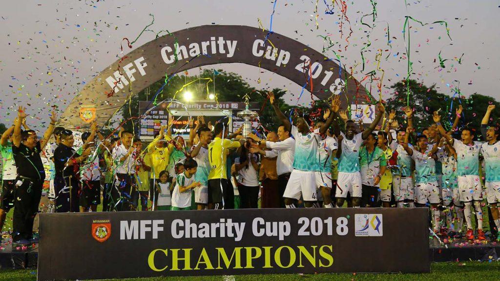 Champion Yangon United receiving the MFF Charity Cup 2018 given by MFF President U Zaw Zaw. Photo: MNL