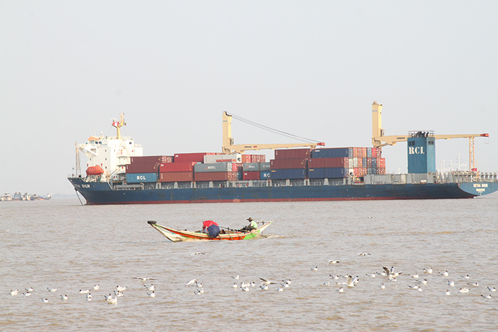 IMG 6900 An ocean liner carrying containers is seen in the Yangon River. Photo Nyi Zaw Moe