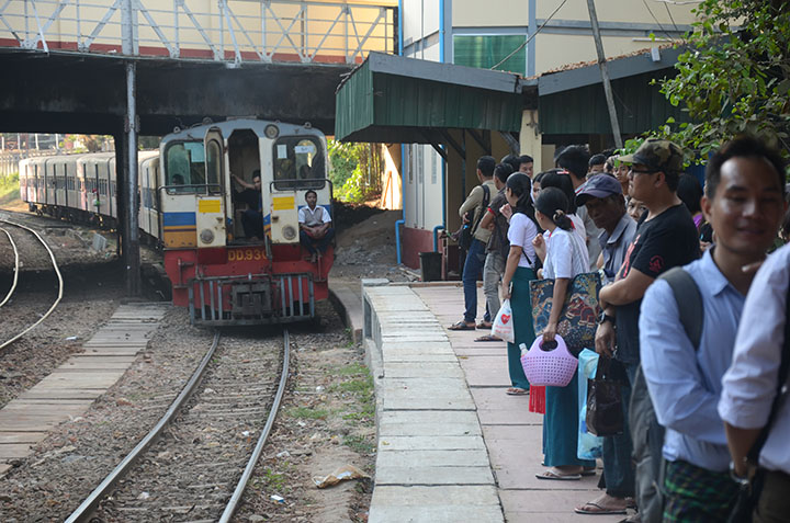 Myanma Railways to stop operating some RBE train services during water festival