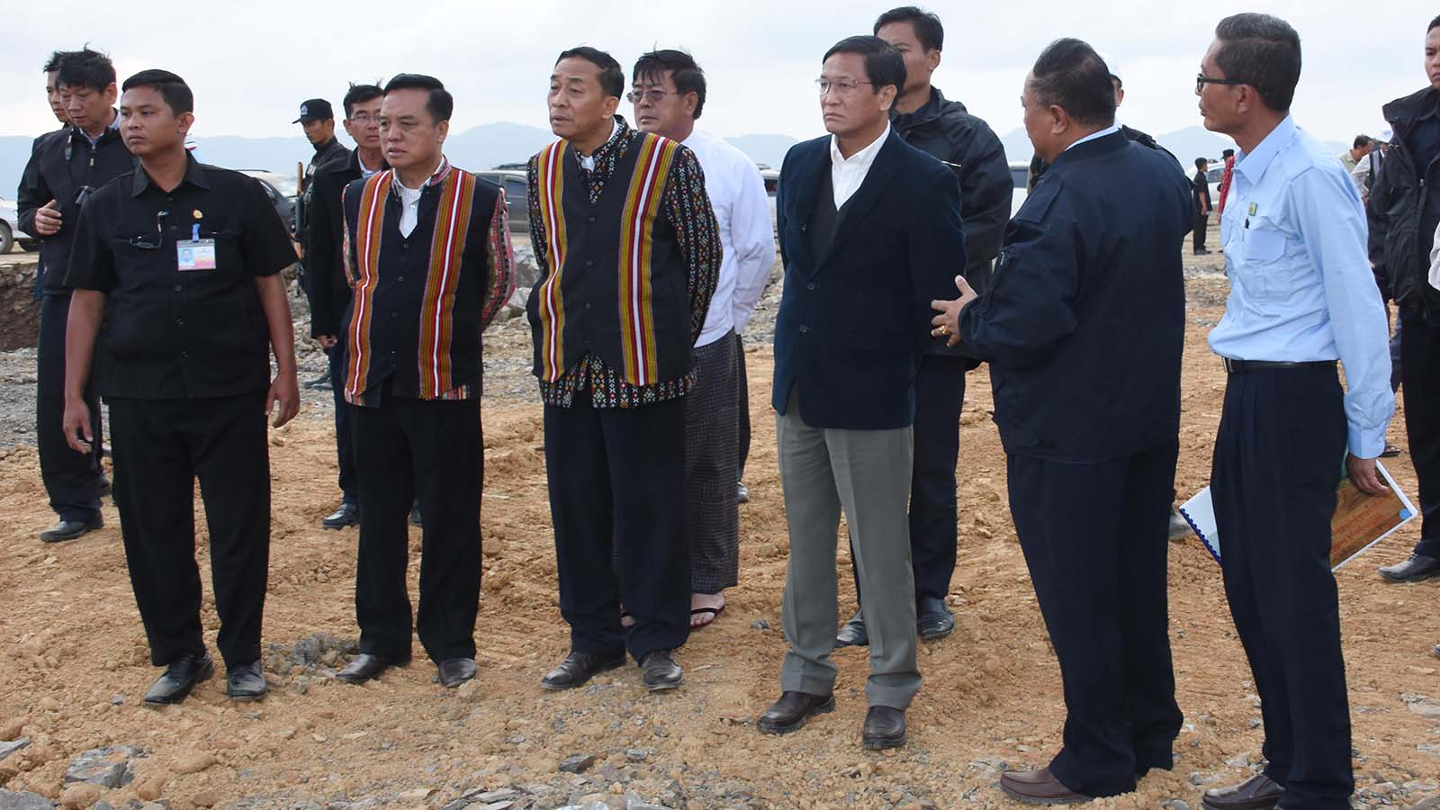 Vice President U Henry Van Thio inspects the Falam (Surbung) airport construction project, which is in phase 1 of construction on the Surbung mountain range in Tiddim.Photo: MNA