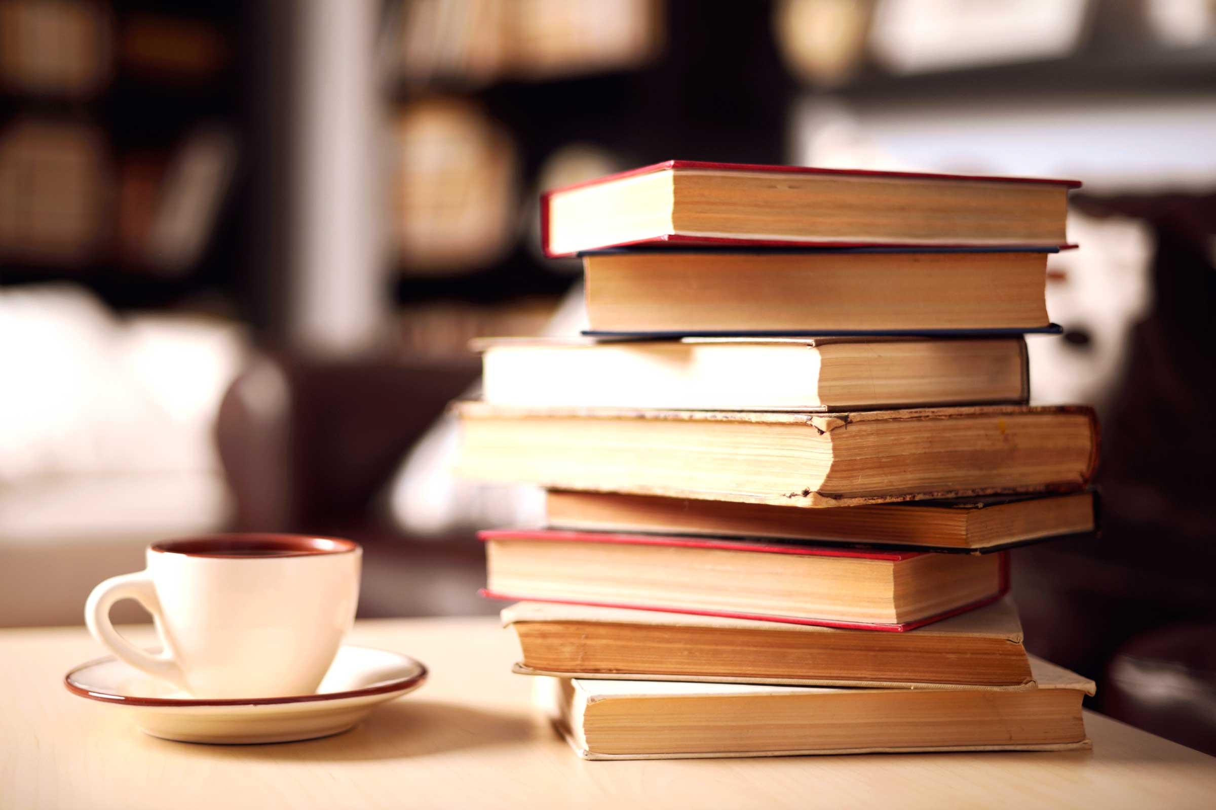 06 reading habits multiple books