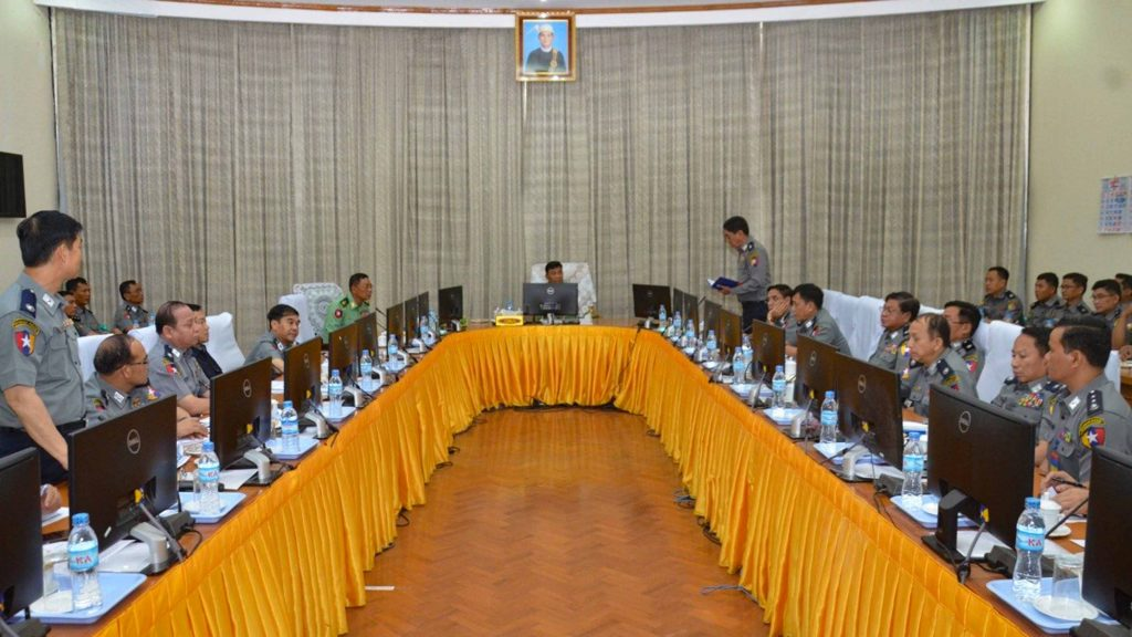 Union Minister for Home Affairs Lt-Gen Kyaw Swe meets with Anti-Narcotics Task Force officers yesterday. Photo: MNA