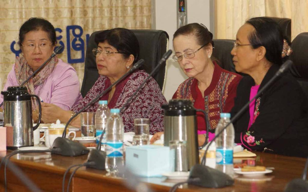 Chairperson, Secretary-General and members of the  Orphans Reduction and Protection Association hold a meeting at Ayeyawady Region government office in Pathein yesterday.Photo: Pathein District IPRD