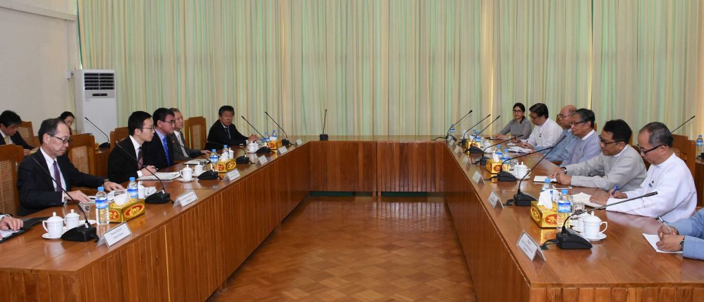 Union Minister for the Office of the State Counsellor U Kyaw Tint Swe holds talks with Minister for Foreign Affairs of Japan Mr. Taro Kono in Nay Pyi Taw yesterday.Photo: MNA
