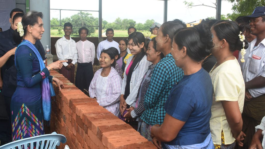 State Counsellor Daw Aung San Suu Kyi meets with Pe Taw villagers at the Pe Taw modern layer poultry farm project.Photo: MNA