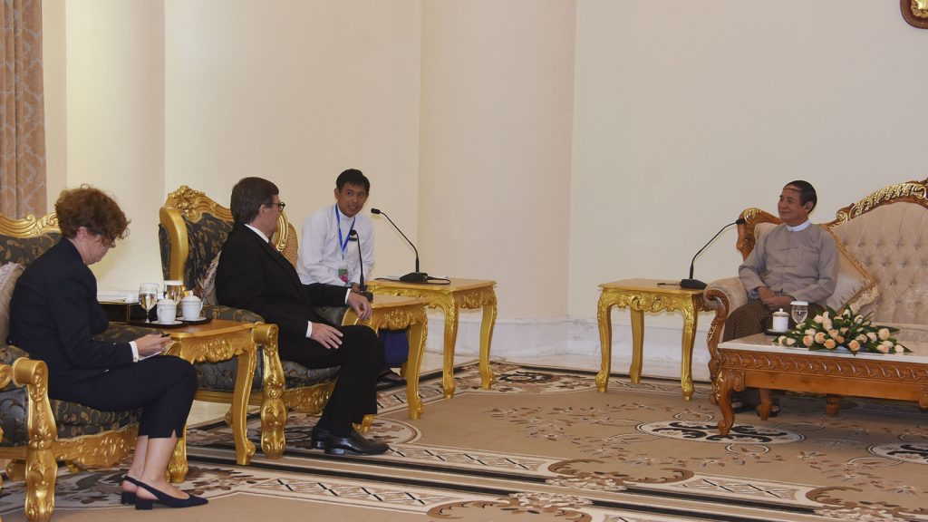 President U Win Myint meets with outgoing Denmark Ambassador Mr. Peter Lysholt Hansen at the Presidential Palace in Nay Pyi Taw yesterday.  Photo: Myanmar News Agency