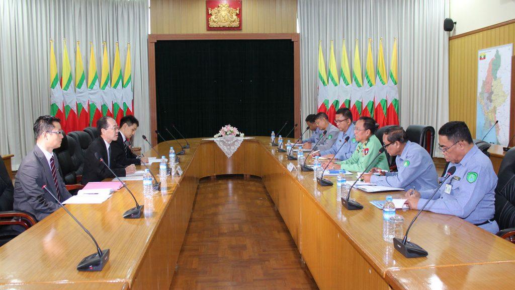 Union Minister Lt-Gen Ye Aung meets with Japanese Ambassador Mr. Ichiro Maruyama.Photo: MNA