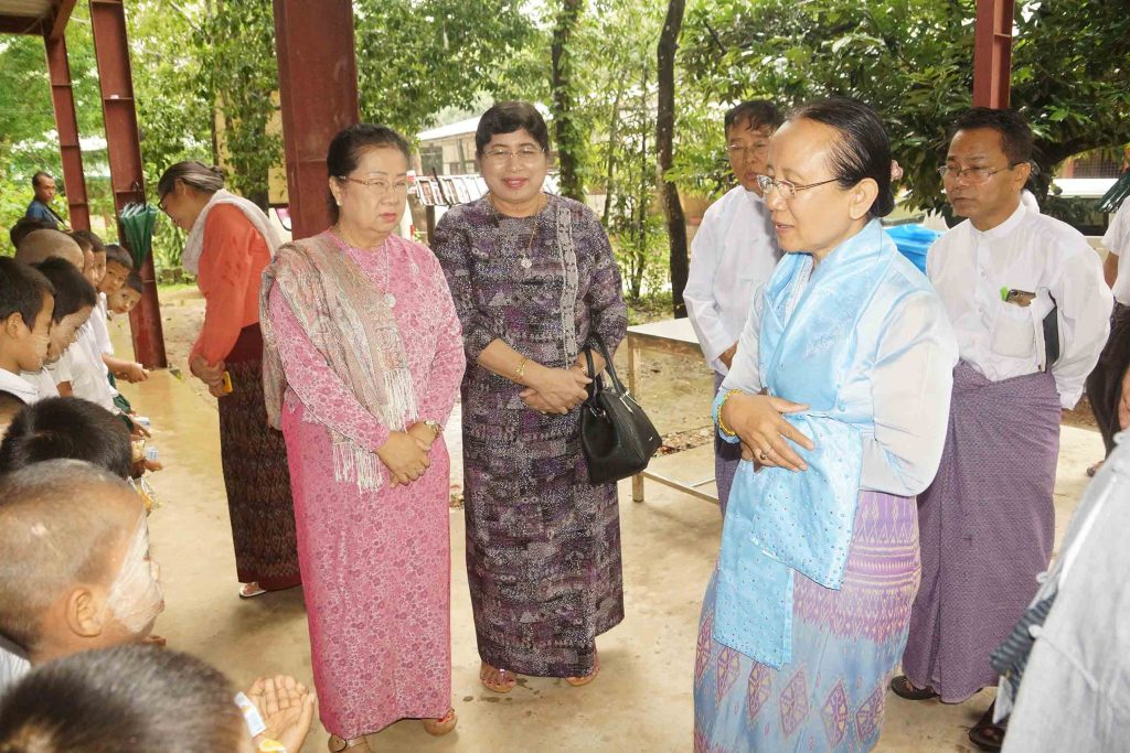 Members the Orphans Reduction and Protection Association (Myanmar) meeting with orphans in Pathein. Photo: District IPRD