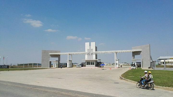 Thilawa Special Economic Zone attracts foreign investors. Photo Kyaw Kyaw copy