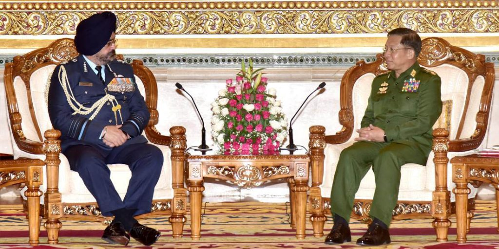 Defence Services Commander-in-Chief Senior General Min Aung Hlaing meets with Indian Air Force Air Chief Marshal B. S. Dhanoa in Nay Pyi Taw. Photo: Tatmadaw News