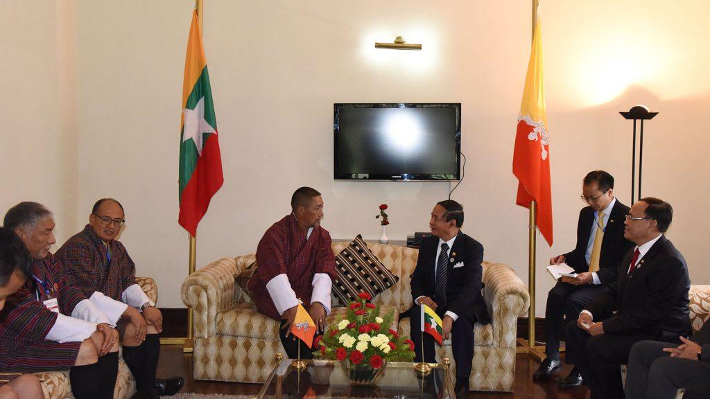 President U Win Myint meeting with Interim Government of Bhutan Chief Advisor Mr. Dasho Tshering Wangchuk in Kathmandu, Nepal, yesterday. Photo: MNA