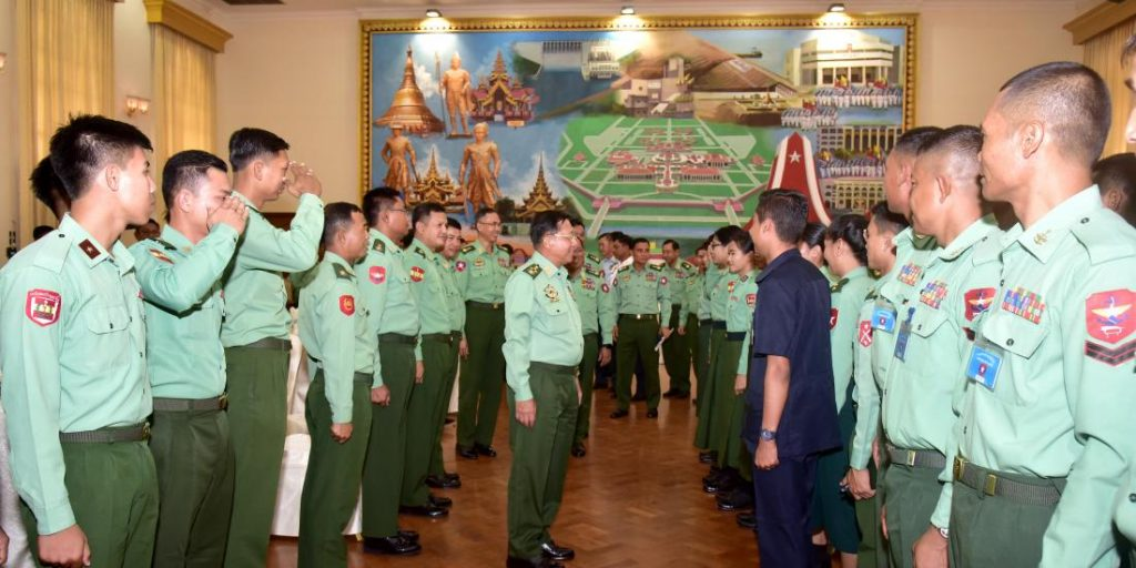 Senior General Min Aung Hlaing greets Tatmadaw officers participating in International Army Games 2018 in Nay Pyi Taw.Photo: commander-in-chief office