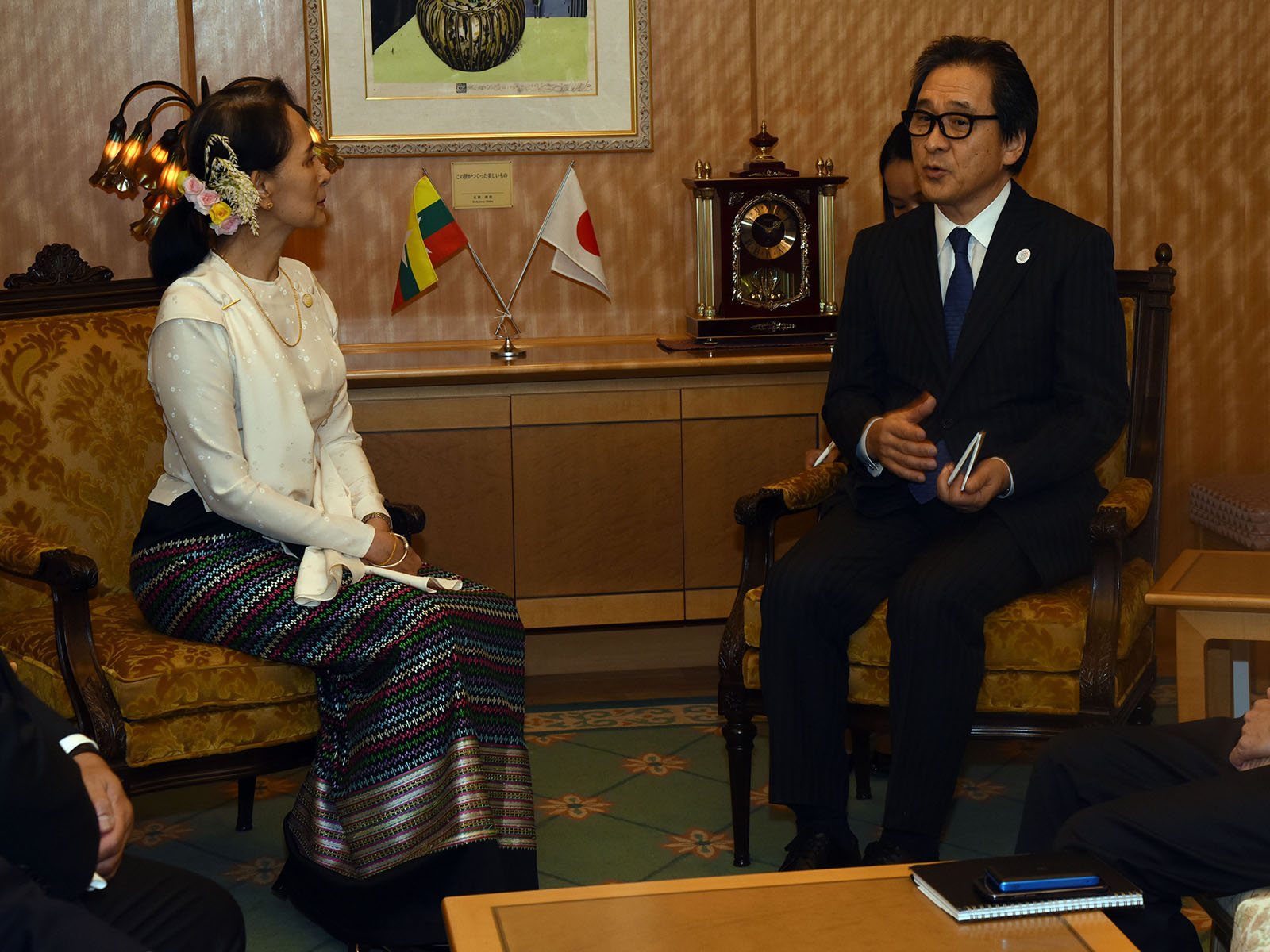 State Counsellor Daw Aung San Suu Kyi meets with JETRO CEO MR.Hiroyuki Ishige in Tokyo, in Japan yesterday.photo: mna