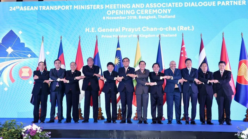 Union Minister U Thant Sin Maung and ASEAN Ministers shaking hands at 24th ASEAN Transport Ministers Meeting and Associated Dialogue Partner Opening Ceremony in Bangkok. Photo: MNA